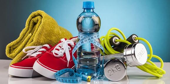 Perché bere acqua è importante per ogni sportivo?