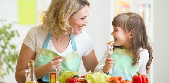 Idratare l'organismo anche a tavola con cibi freschi e ricchi di acqua